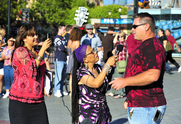 Elizabeth Espinosa and Aunt Flora do an interview on the Universal Citywalk.