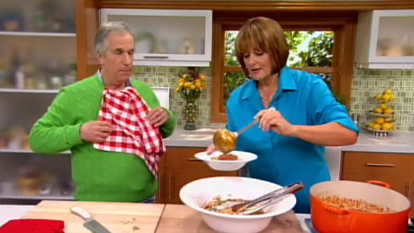 Cristina and Henry try the Bolognese - video