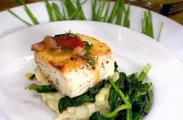 Halibut with Lemon Mashed Potatoes and Garlic-Lemon Spinach