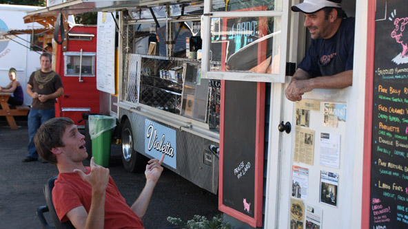 Portland: A La Food Cart