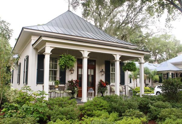 Porch off of Paula Deen's home