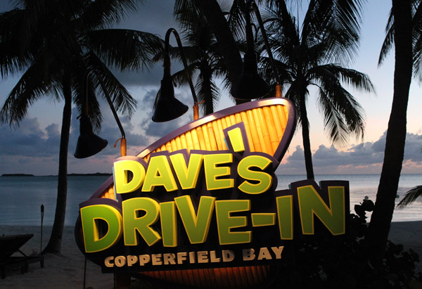 Dave's Drive-In Copperfield Bay sign