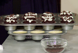 Rocco DiSpirito's Chocolate Brownie Cupcake