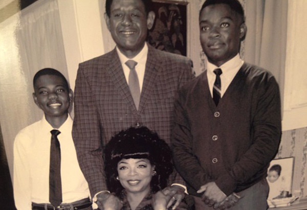 "Oprah Winfrey with castmates filming ""Lee Daniels' The Butler"""