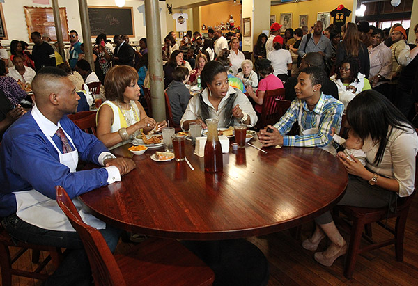 "Oprah Winfrey and Gayle King with the cast of ""Welcome to Sweetie Pie's"""