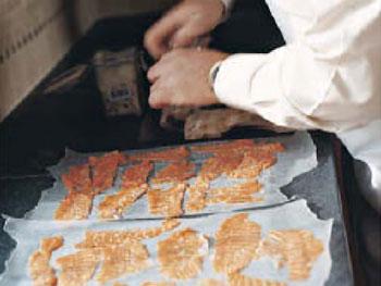 Art makes Salmon Carpaccio
