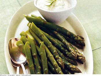 Asparagus with Tarragon Aioli