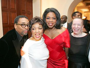Spike Lee, Ruby Dee, Oprah and Pearl Cleage. Copyright 2005, Harpo Productions, Inc./George Burns & Bob Davis.