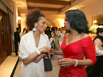 Terry McMillan and Oprah. Copyright 2005, Harpo Productions, Inc./George Burns & Bob Davis.