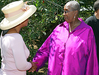 Oprah and Judith Jamison. Copyright 2005, Harpo Productions, Inc./George Burns & Bob Davis. All rights reserved.