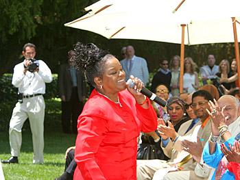 Shirley Caesar. Copyright 2005, Harpo Productions, Inc./George Burns & Bob Davis. All rights reserved.