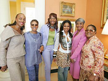 Susan Taylor, Dionne Warwick, Yolanda Adams, Janet Jackson, Nancy Wilson and Shirley Caesar