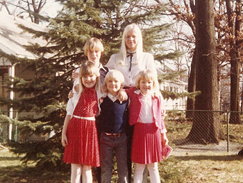 Julie with her mother and siblings