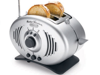 Gadgets 'O at Home' List: Toaster radio
