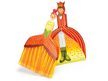 "Décor ""O at Home"" List: Dustpan Set"