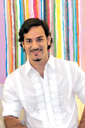 Oscar Mora, floral designer