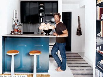 Nate Berkus creates a modern, efficient kitchen.