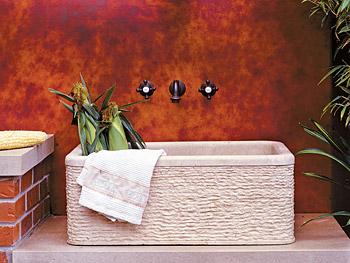 Art Smith's outdoor sink