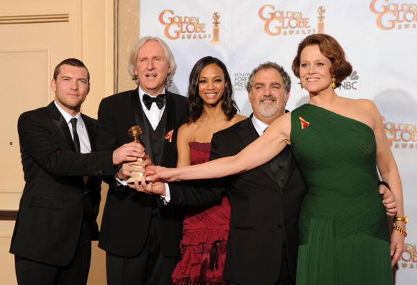 James Cameron and the cast of Avatar