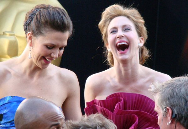 Vera Farmiga laughs with Maggie Gyllenhaal