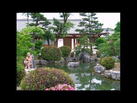 Caroline B. in Japan