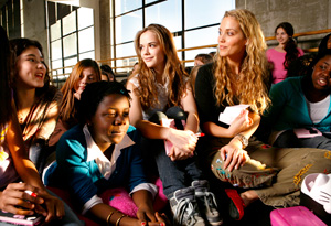Elizabeth Berkley with girls
