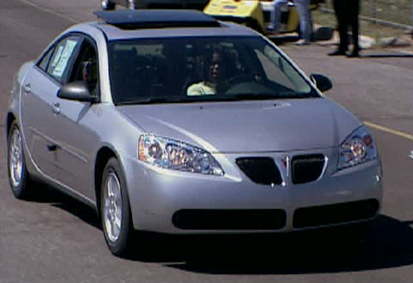 Oprah tests drive a Pontiac G6