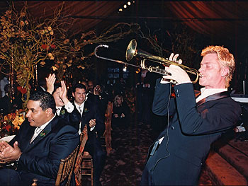 Jazz musician Chris Botti performs
