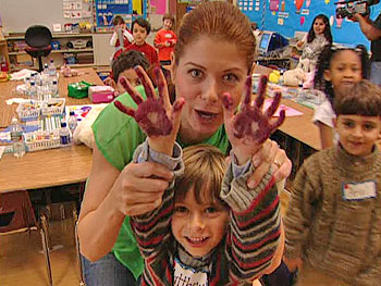 Debra Messing, teacher for a day