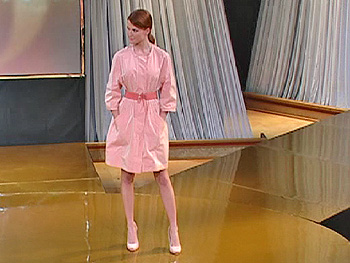 Anna Sophia models Narciso Rodriguez trench coat.