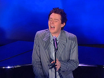 Clay Aiken performs
