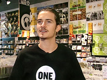 Orlando Bloom in Ear X-Stacy