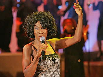 Heather Small singing 'Proud'