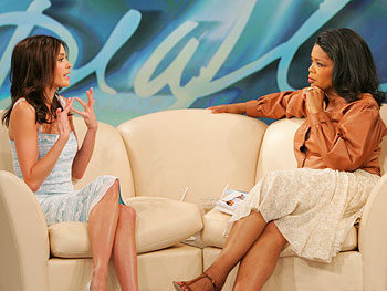 Teri Hatcher and Oprah Winfrey