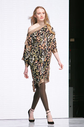 Kimono sleeve tunic by Missoni