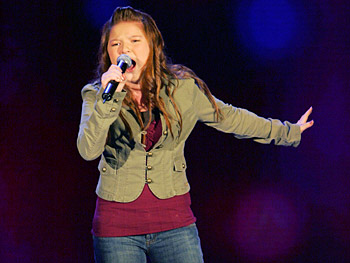 Bianca Ryan performs