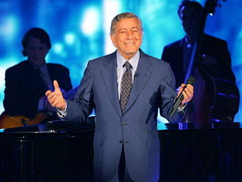 Tony Bennett sings some of his greatest hits.