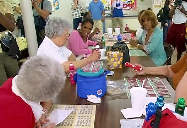 Oprah and Gayle playing bingo