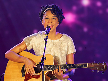 Corinne Bailey Rae sings 'Like a Star.'