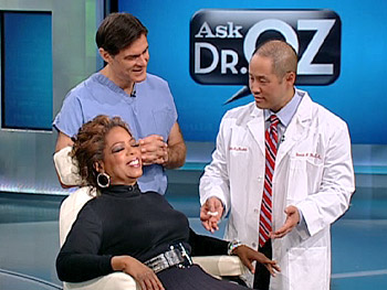 Oprah gets her first acupuncture treatment.