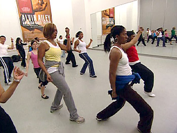 Gayle busts a move in Tweetie's dance class.