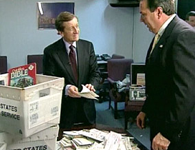 Brian Ross and postal inspector Steve Korinko