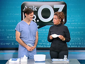 Dr. Oz explains how a neti pot can clear the sinuses.