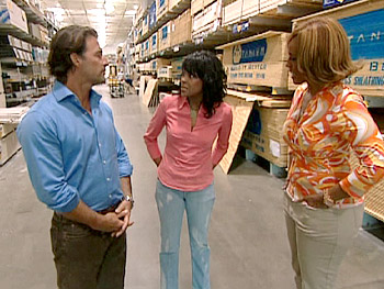 Steve gives Gayle and Katina advice on meeting men in the hardware store.