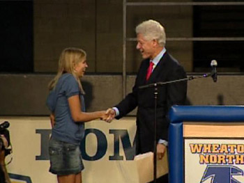 Bill Clinton surprises Kendall at school.