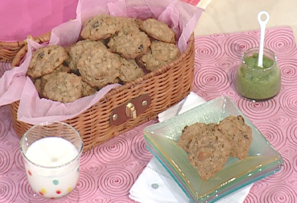 Jessica Seinfeld's oatmeal raisin cookies
