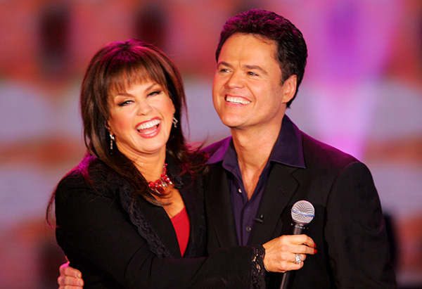 Donny and Marie perform together on Oprah's stage.