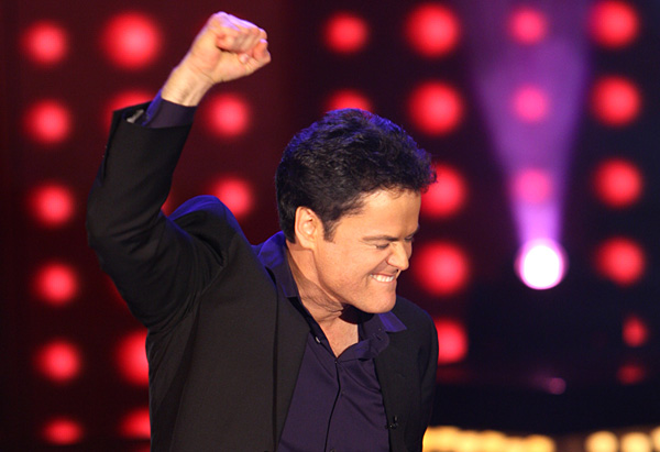 Donny Osmond performs 'Solider of Love.'