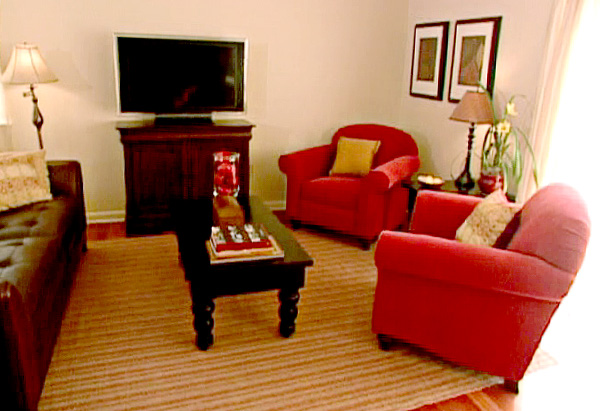 Sharyn and Marvin's family room is now a clutter-free zone.