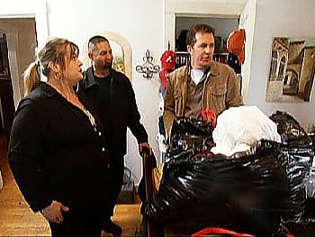 Peter takes Amber's family on a fat tour.